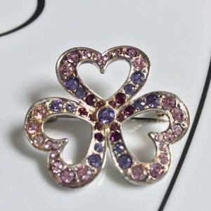 Jewelry - Hearts brooch/pin
